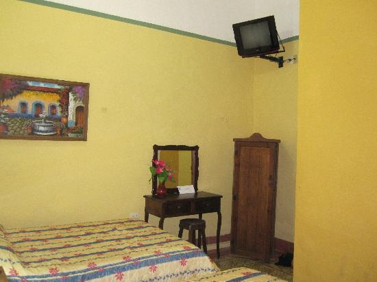 Hotel del Peregrino: Bedroom 2