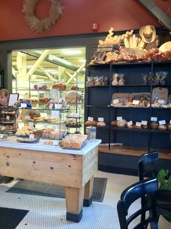 Pearl Bakery: bakery selection!