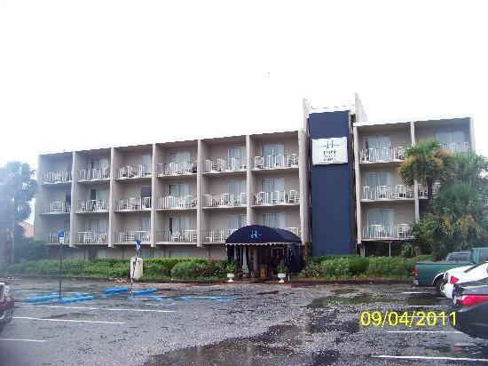 Inn on Destin Harbor: Facade 2