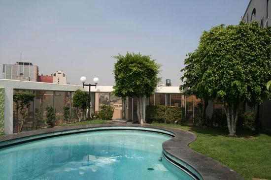 Hotel Casa Blanca Mexico City: alberca del hotel casa blanca
