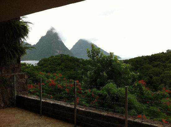 Jade Mountain Resort: View from our sanctuary