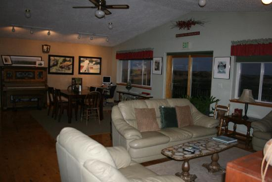 Circle View Guest Ranch: Another view of the Common Room