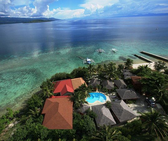 Magic Island Dive Resort: Resort overview