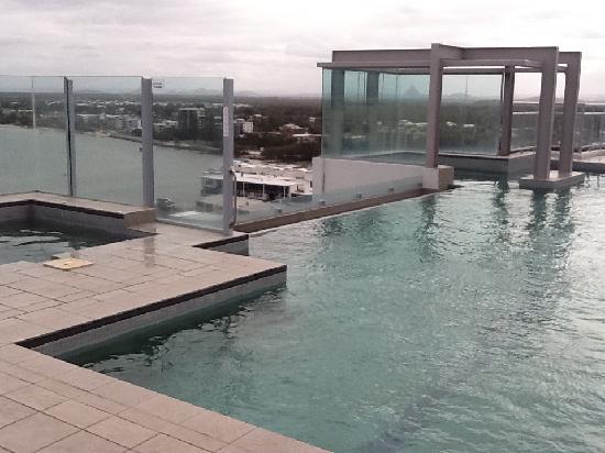 พูมิเซสโทน บลู รีสอร์ท: rooftop pool