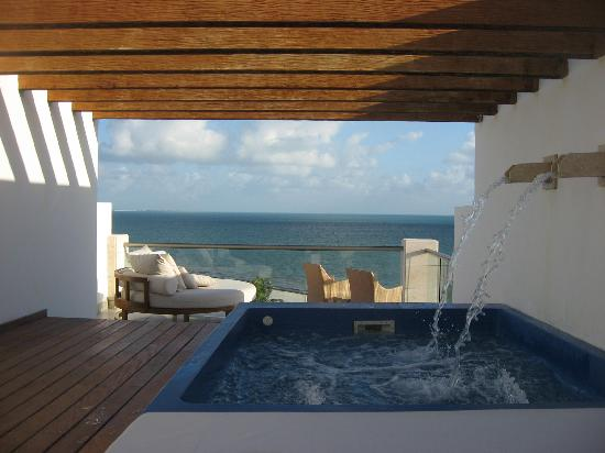 Excellence Playa Mujeres: Rooftop view with plunge pool room 9458