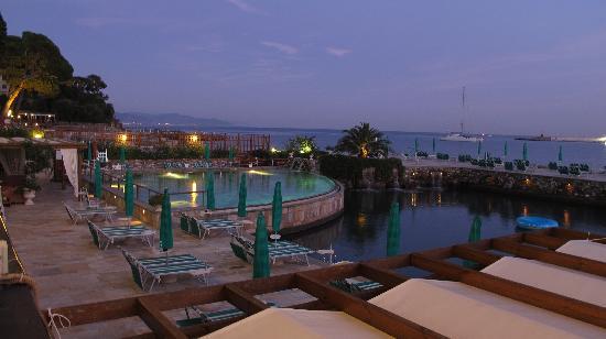 Hotel Villa Anita: the terrace bar at hotel helios
