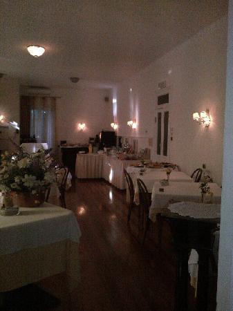 Hotel Villa Anita: breakfast room