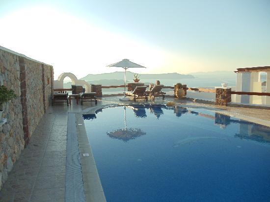 Villa Irini Santorini: Pool