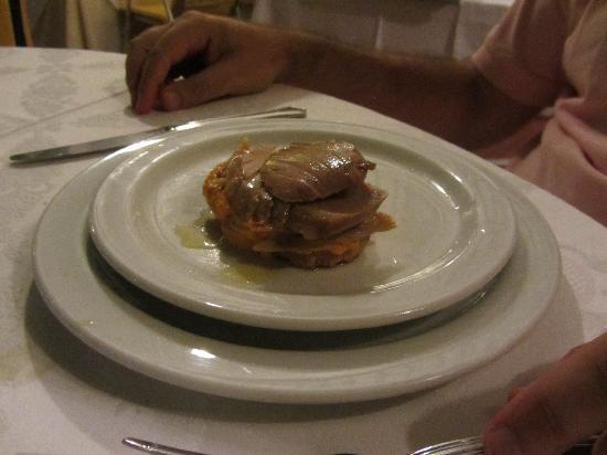 La Menorah : otro delicioso entremes fueron 4 en total una combinación de sabores que explosionaban en la boc