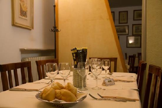 Ristorante Canossa: Our table