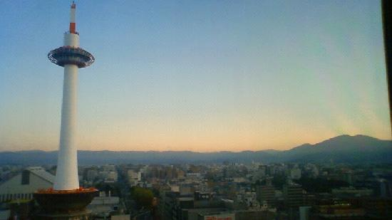 Hotel Granvia Kyoto: early in the morning