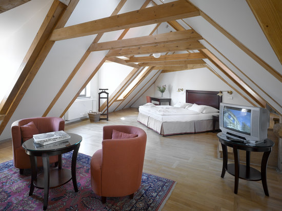 Lokal Inn: double room - attic