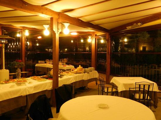 เซสโตฟิโอเรนติโน, อิตาลี: il buffet