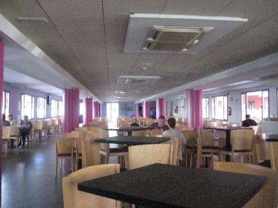 Tossa Beach Hotel: bar