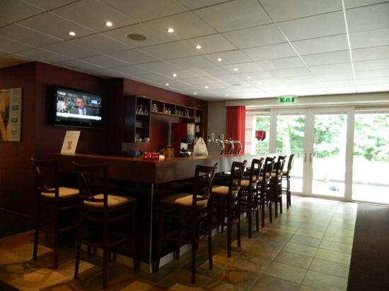 Hampshire Boshotel Vlodrop: the bar in the gym/spa area