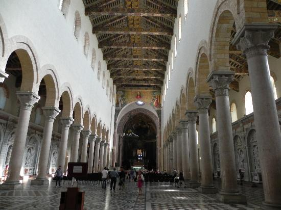 Duomo di Messina: Messina - Duomo - hall
