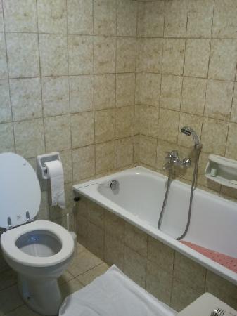 Hotel Donatello : La salle de bain