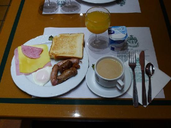 Hotel Rialto: 4.朝食のビュッフェ