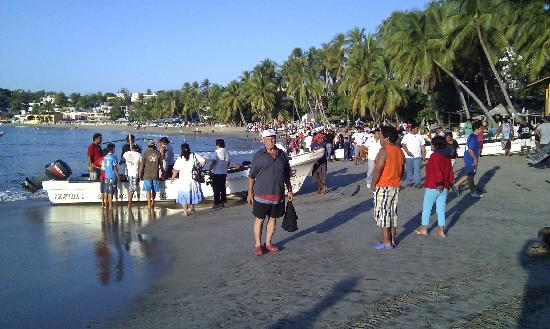 Puerto Escondido Fishing: arrival of morning cach