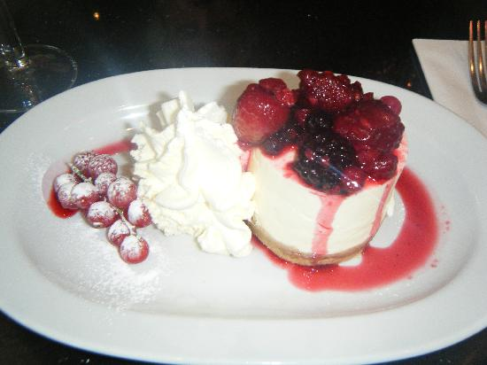 Home Cookin' Restaurant : my lovely cheesecake