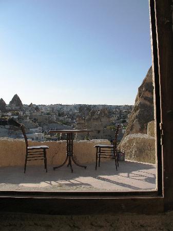 Castle Cave House: Private terrace