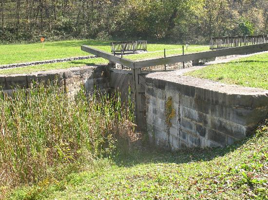 Chesapeake & Ohio Canal National Historical Park: Lock 44 near Williamsport, MD