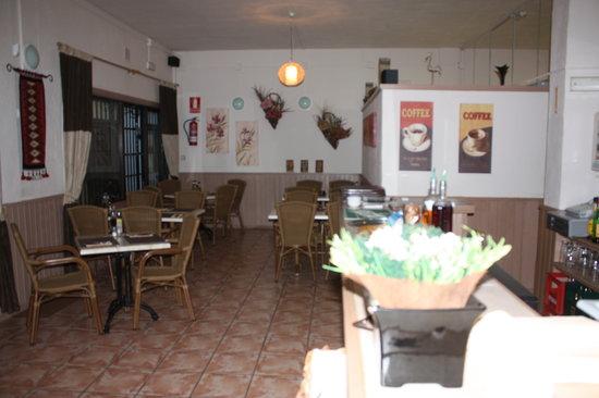 Harvester Cafe Bistro : Inside seating