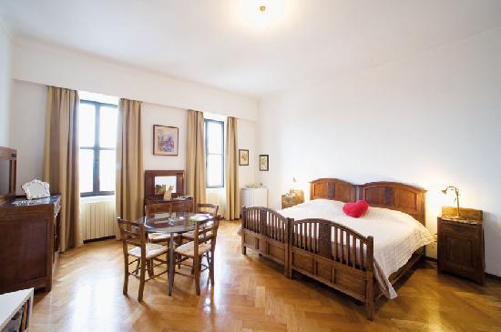B&B Palazzo Panfilli: Liberty Room