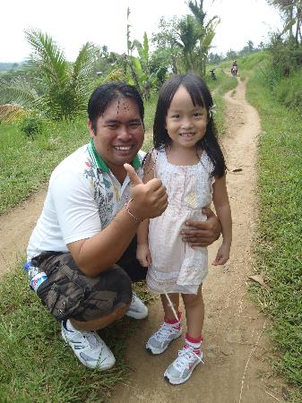 Agus Bali Private Tours: Agus with my daughter Jodie
