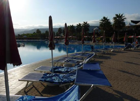 Garden Resort Calabria: One of the pools.