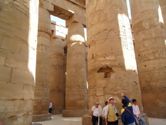 วิหารคาร์นัค: Amun Re Precinct