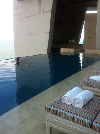 Trump International Hotel & Tower Panama : pool