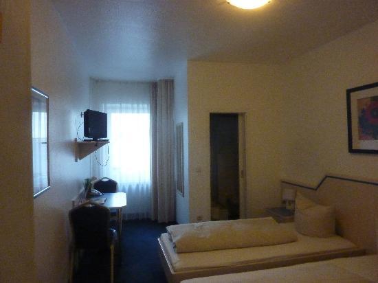 Hotel Zum Frohlichen Turken: Zimmer