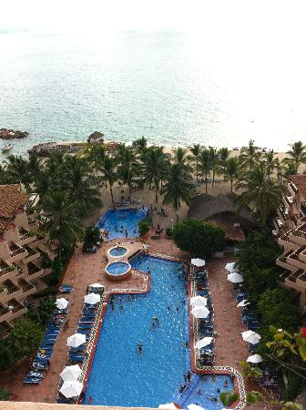 Friendly Vallarta All Inclusive Family Resort: the view of the pools from our room
