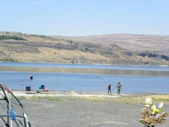 Soap Lake: People come for the mud too and cover themselves with it.