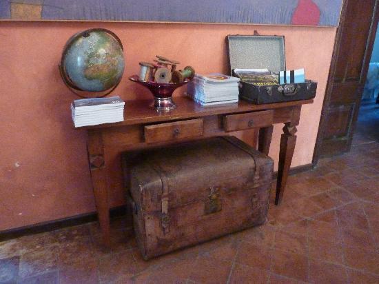 Aiguaclara Hotel: The entrance hall