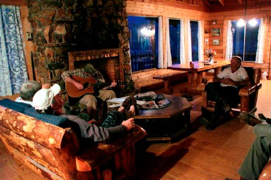 Oleo Ranch : Great relaxing nights with family and friends