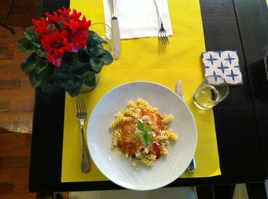 Marianna: Pasta Tomate Basilic