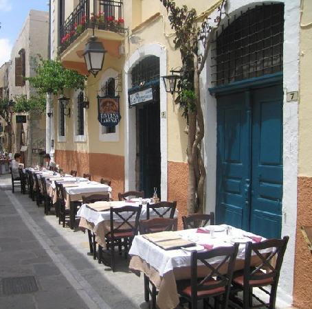 Larenzo Taverna: La Renzo - dining outside