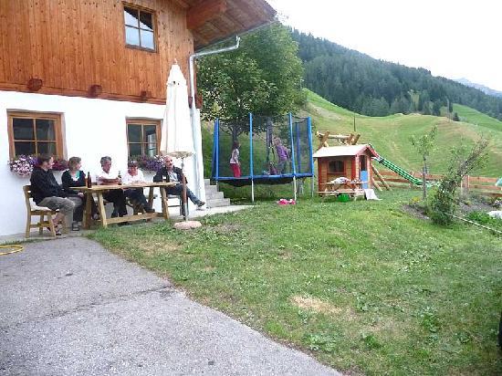 Apartmenthaus Gutwenger : Kinderspielplatz
