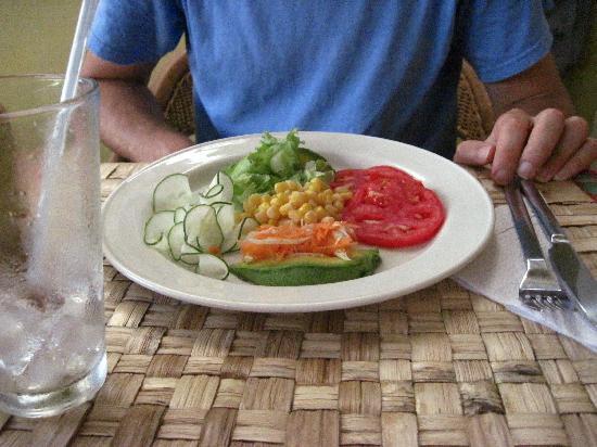 Bamboo Restaurant: Light Salad