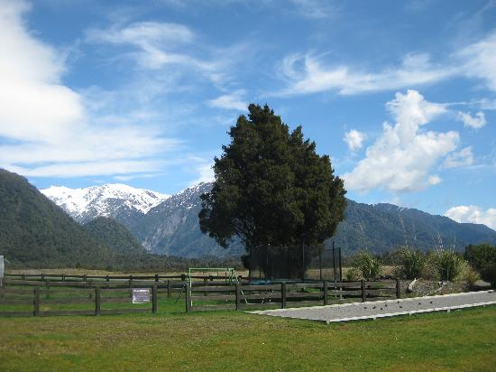Glenfern Villas Franz Josef: Our view