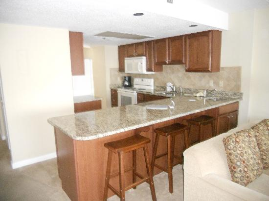 Princess Royale Resort: kitchen in 2-bdrm condo