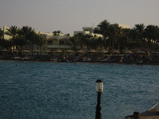 Palm Beach Resort: over view from the sea