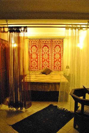 Ryad NaNa : Room