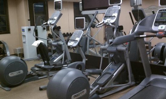ฮิลตั้น การ์เด้น อินน์ ไทม์สแควร์ โฮเต็ล: cardio machines