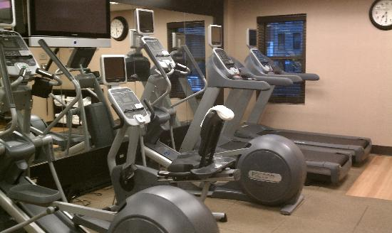 ฮิลตั้น การ์เด้น อินน์ ไทม์สแควร์ โฮเต็ล: cardio machines, redux