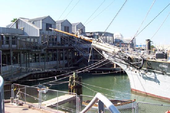 Texas Seaport Museum : the Elissa