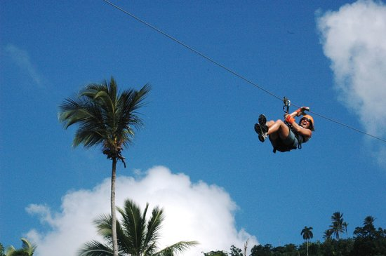 Bavaro Runners Adventures Zip Line La Romana-Bayahibe: fliying