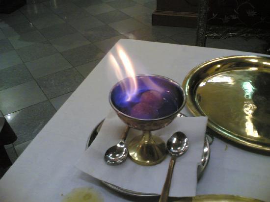 Maharajah Ristorante Indiano: tipico dolce flambè